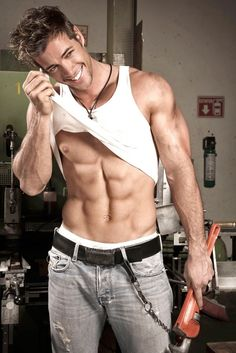 William Levy the M babe! The hottest man alive!!!