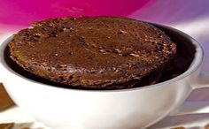 Receita de bolo de café com canela na caneca para a fase cruzeiro PP dukan. Mug Recipes, Sweet Recipes, Healthy Recipes, Lava Cakes, Pasta, Small Cake, Chocolate, Deserts, Food And Drink