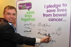 Mark Menzies pledges support to help fundraise for bowel cancer