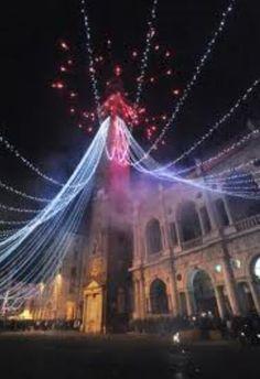 Capodanno in Piazza dei Signori, New Year's Eve in Piazza dei Signori Dec. 31, 10 p.m.-2 a.m.; in Vicenza, Piazza dei Signori; music from the 60's to now; dancing and entertainment.