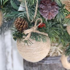 Rustic Christmas Ornaments, Diy Christmas Garland, Handmade Christmas Decorations, Easy Christmas Crafts, Homemade Christmas, Christmas Holidays, Burlap Ornaments, Period Movies, Period Dramas