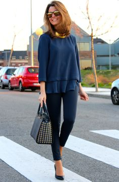 Oh My Looks by Silvia / Blue and gold