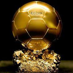 Cette récompense est créée en 1956 par le magazine France Football
