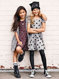 Fashion kids girl tween daughters for 2019 Little Girl Outfits, Little Girl Fashion, Tween Girls, Kids Girls, Girls Dresses Tween, Kids Outfits Girls, Fashion Kids, Fashion Spring, Paris Fashion