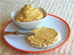 Spiced Pumpkin Cream Cheese Spread #vegan #glutenfree