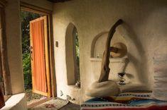 cob house (argila, areia, palha e água)