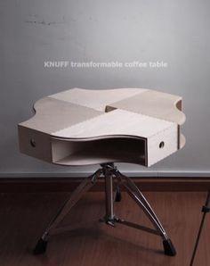 Leuk idee van IKEA Hackers! Als bijzet tafeltje of nachtkastje.