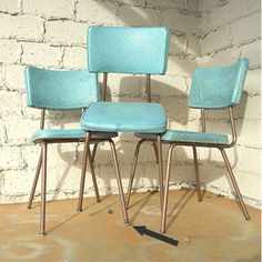 vintage kitchen chairs three vinyl turquoise chairs via etsy