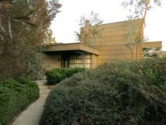 Rudolph Schindler's How House, 1925, Silver Lake, CA.  Photo by bobalexander!, via Flickr.