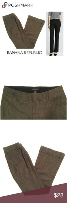 Martin Fit Houndstooth Wool Banana Republic pants These classic discontinued Banana Republic Martin Fit slacks are perfect for dressing up any occasion! Brown & black houndstooth 96% wool material with full lining with 5% spandex for stretch fit. Flare leg Martin Fit with cuffed pant legs, slit back pockets, zipper with double hook clasp closure. Size 4, model shows fit only. Dress up with pumps, sweater, button downs & boots: possibilities are endless! NWOT, UNUSED, NO DAMAGES. Grab yours…