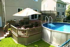 Pool deck and patio ideas images. We specialise in pool deck and patio installation. Small Backyard Decks, Swimming Pools Backyard, Pool Landscaping, Backyard Patio, Small Patio, Above Ground Pool Decks, In Ground Pools, Patio Plus, Patio Builders