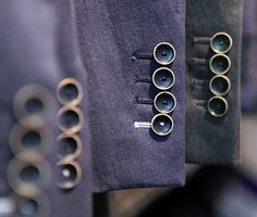 great buttons and one contrast button hole