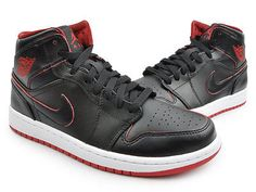 Nike Air Jordan 1 Mid Bred Mens 554724-028 Black Red Basketball Shoes Size 8.5
