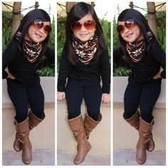 <3 it! Those little boots & that scarf<3