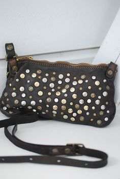 fab9fa007d1 B I S K O P S G Å R D E N  Campomaggi Mini Bolso, Accessorize Shoes,  Studded Purse, Leather Pouch
