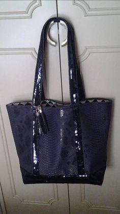 Un patron, deux sacs cabas - Her Crochet Metallic Tote Bags, Denim Bag, Shopper, Michael Kors Jet Set, Sewing, Inspirer, Scrap, Miniatures, Facebook