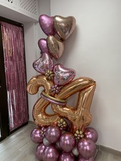 Birthday Balloon Decorations, Birthday Balloons, Ballon Arrangement, Balloon Bouquet Delivery, Gift Bouquet, 24th Birthday, Number Balloons, Balloon Pictures, Cool Paper Crafts