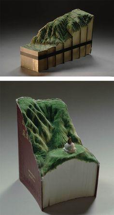 Landscapes Carved Into Books by Guy Laramee – Inspiration Grid Altered Books, Altered Art, Book Sculpture, Sculpture Ideas, Grid Design, Design Art, Book Art, Book Clock, Old Book Crafts