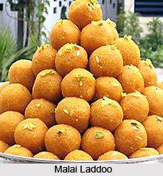 Laddoo is nutritious and has soft texture and sweet taste. Traditionally, this type of Ladoo is made with Paneer and Malai mixed together but there are various other ways as well for preparing Malai Laddoo. For the recipe visit the page. #sweet #dessert #recipes