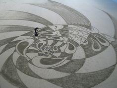 Sand Artists - Sand Dancers : Jim Denevan, Pete... - You Arts - Quora