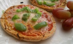 Healthy Lunch: Mini Pizzas!
