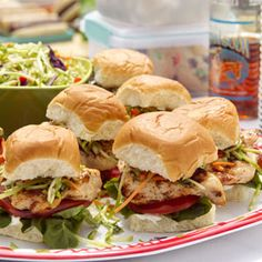 Baja Chicken & Slaw Sliders Recipe. ☀CQ #appetizers #tailgate #football #superbowl #recipes