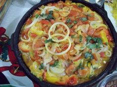 moqueca de banana da terra Vegetarian Recipes, Healthy Recipes, Plant Based Recipes, Carne, Macaroni And Cheese, Healthy Snacks, Food And Drink, Low Carb, Ethnic Recipes