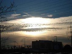 #TRIPLE #HELIX #GOLDEN #SUN #BURSTING  <3 Burst them #CLOUDS  yo!......................