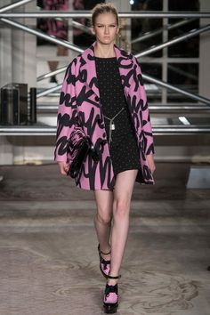 Moschino Cheap And Chic - Fall 2013 RTW - Look 17.
