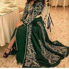 A toutes les jeunes filles , fiancées et future mariées qui cherchent en ligne des nouveaux modèles originaux et à la mode du caftan mariag...