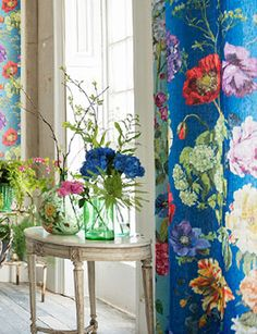 New Ideas For Wall Paper Blue Flowers Designers Guild Room Colors, House Colors, Tricia Guild, Wall Decor, Room Decor, Japanese Interior, Shabby, Designers Guild, Fabric Wallpaper