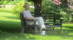 pop pop on bench