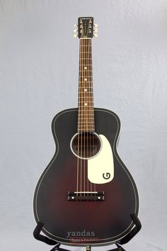 Remember those early parlor guitars of the 1930s, '40s and '50s? The all-new G9500 Jim Dandy Flat Top parlor-style model embodies everything that was great about everyone's first guitar! A traditional