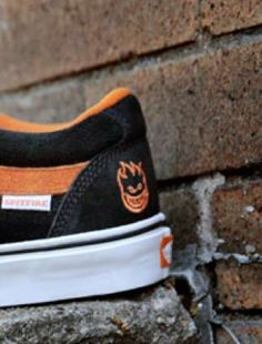 Spitfire Vans TNT 5 - The new Spitfire Vans TNT 5 shoe for men is celebrating the creepy colors of Halloween a few months early this year. The shoe is decked out in oran. Halloween Shoes, Halloween Accessories, Halloween Costumes, Vans Tnt 5, The Spitfires, Stiletto Pumps, Hot Shoes, Skate Shoes, High Top Sneakers