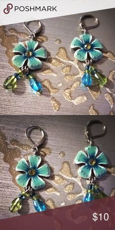 Beaded Flower Dangle Earrings **NWOT** Never worn. Lobster type closure on the back hook.Turquoise/Blue/Green. Light weight. **BUNDLE & SAVE** Jewelry Earrings
