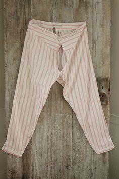 Fabulous vintage French country clothing ~ wonderful pants / bloomers / undergarments  ~ wonderful work-wear / workwear  ~ www.textiletrunk.com