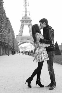 She has a boyfriend named Mateo that she has been dating for the past year that she met while she was in Paris for the summer.