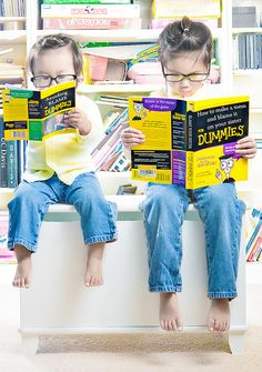 Jason Lee takes creative and imaginative photographs of his two adorable daughters, Kristin and Kayla.