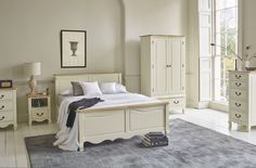 The Bella Brushed Oak and Cream Painted range features a french-washed, solid oak top complementing a smooth, cream-painted base. Bella's French feel is enhanced by carved feet and undulating skirts, curved tops, and smooth bevelled edges to the drawers.