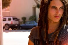 never thought a guy with dreads could be so attractive. AND he's a Christian. yes please.
