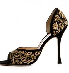Manolo Blahnik Fall-Winter 2012-2013 | Shoes in view. WOW!