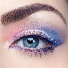 Smokey Eyes con rose quarz e azzurro serenity - Smokey Eyes con ombretti sia Rosa Quarzo sia Azzurro Serenity per makeup 2016.