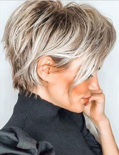How To Curl Short Hair, Short Grey Hair, Short Hair Cuts, Blonde Short Hair Pixie, Short Hair Over 50, Short Fine Hair, Short Pixie Bob, Black Hair, Chic Short Hair