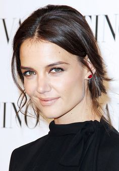Loving Katie Holmes' smoky eye and pale lip combo