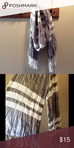 Abercrombie and Fitch Striped Grey White Scarf Amercrombia and Fitch Striped Grey White Scarf. In excellent preowned condition. All tags removed. Abercrombie & Fitch Accessories Scarves & Wraps