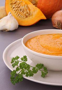 Karottensuppe mit Feta und Schwarzkümmel