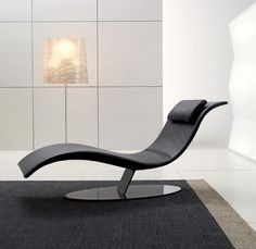 A very cool and unique furniture. This is a lounge chair, designed by Lebello and friends. This lounge chair is the perfect combination of high demand for outdoor living areas this season Futuristic Furniture, Cool Furniture, Modern Furniture, Furniture Design, Plywood Furniture, Minimalist Sofa, Minimalist Furniture, Minimalist House, Outdoor Lounge