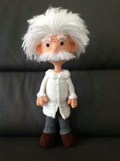 CROCHET: AMIGURUMIS  Einstein