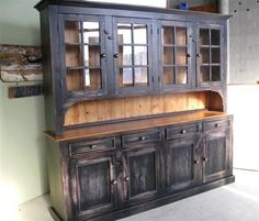 Beautiful hutch! Love it fOr our kitchen