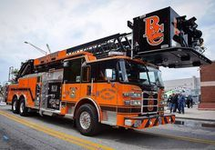 FDIC2017 @siddonsmartingroup - Not a Siddons Martin truck but check out this new Pierce Platform for the Buies Creek VFD in North Carolina! No wonder it's parked outside of LucasOil! Come see this truck and more tomorrow last day of #FDIC2017! ___Want to be featured? _____ Use #chiefmiller in your post ... http://ift.tt/2aftxS9 . CHECK OUT! Facebook- chiefmiller1 Periscope -chief_miller Tumblr- chief-miller Twitter - chief_miller YouTube- chief miller . #firetruck #firedepartment #fireman…